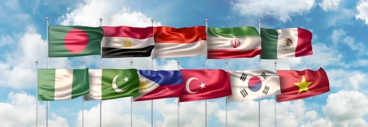Drapeaux des pays du groupe des Next Eleven (N-11): Bangladesh, Égypte, Indonésie, Iran, Mexique, Nigéria, Pakistan, Philippines, Turquie, Corée du Sud et Vietnam