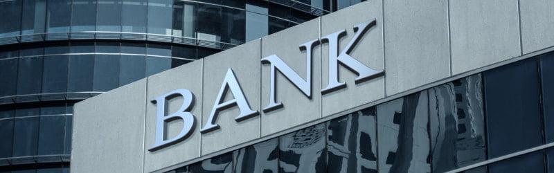 enseigne d'une banque du secteur financier